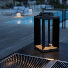 Teakinox Solar Laterne aus Teak und schwarzes Aluminium 36,5cm Les Jardins