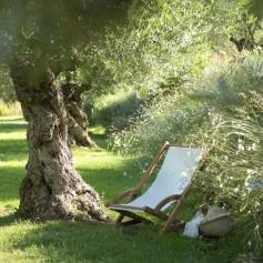 MARINA Liegestuhl aus Teakholz und Batyline Canvas